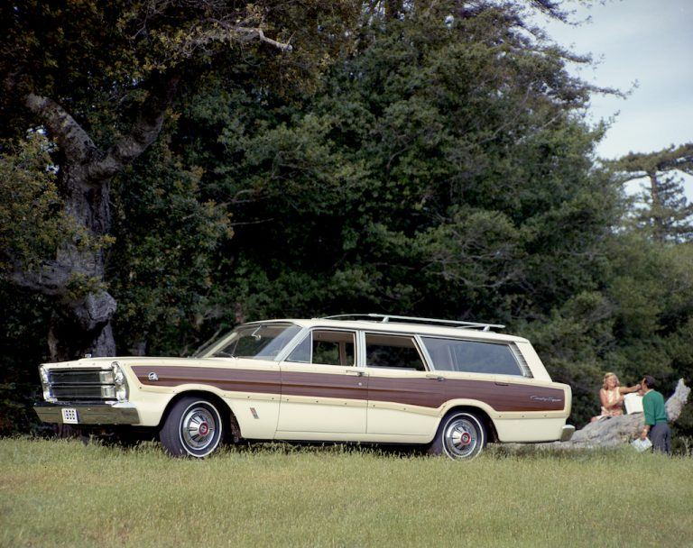 1966-1968 Ford Country Squire 428