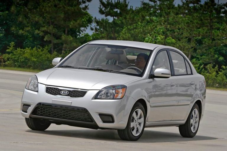 A grey Kia Rio - Top of the deadliest Cars