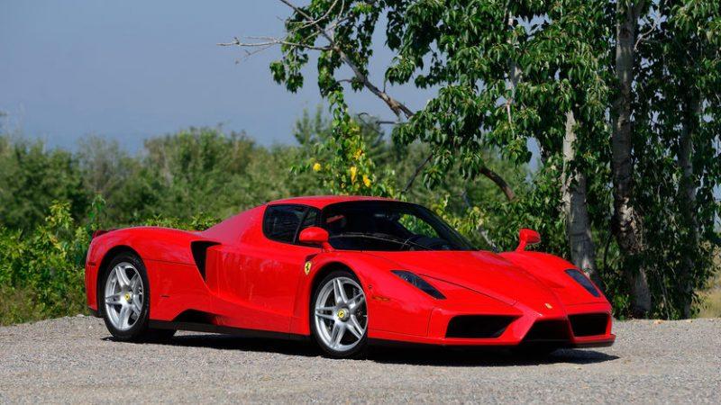 Most Fastest Car In The World - Ferrari Enzo