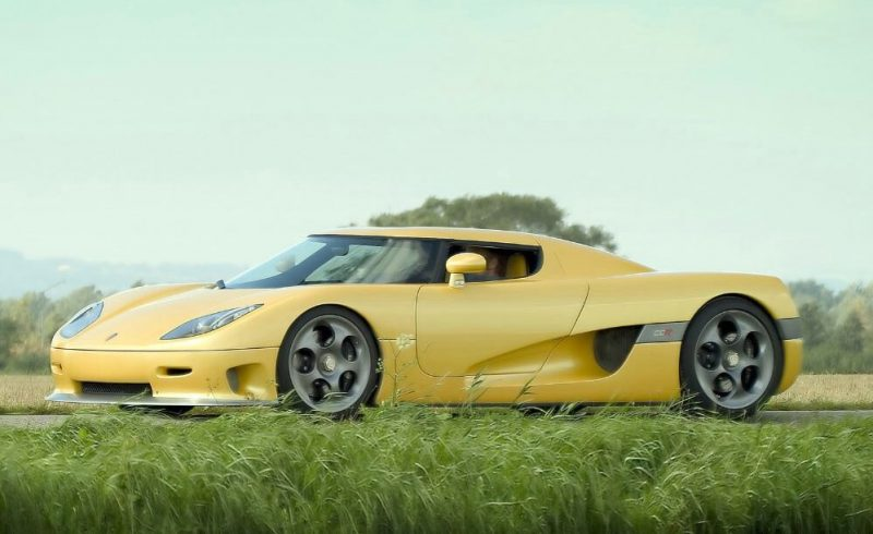 Most Fastest Car In The World - Koenigsegg CCR