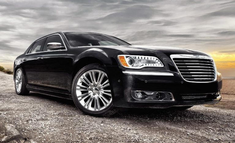 Chrysler 300 Was The Reason For 1,446 NHTSA Complaints For Safety