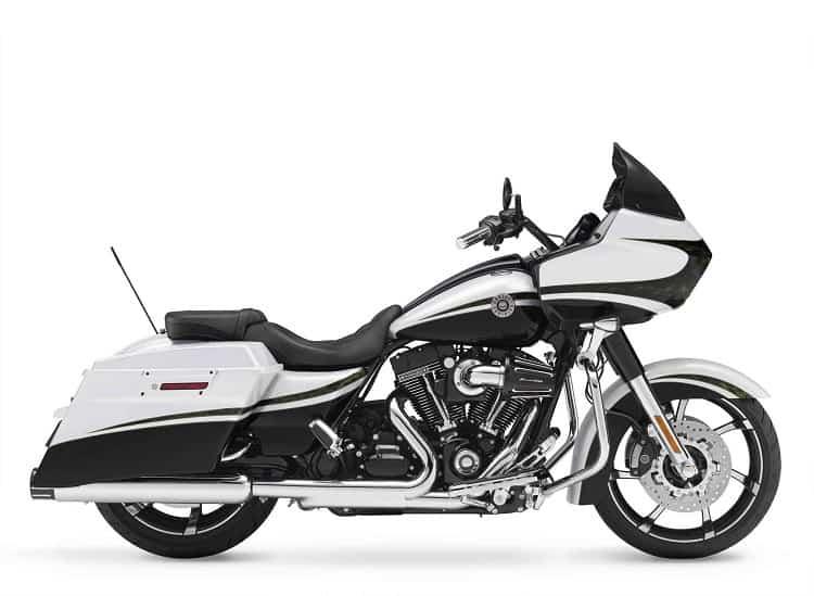Fastest Cruiser Motorcycle: Harley-Davidson CVO Road Glide