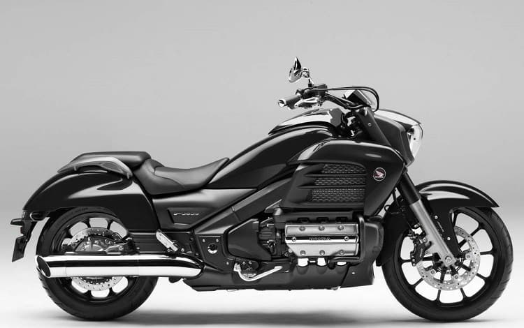 Fastest Cruiser Motorcycle: Honda Gold Wing Valkyrie
