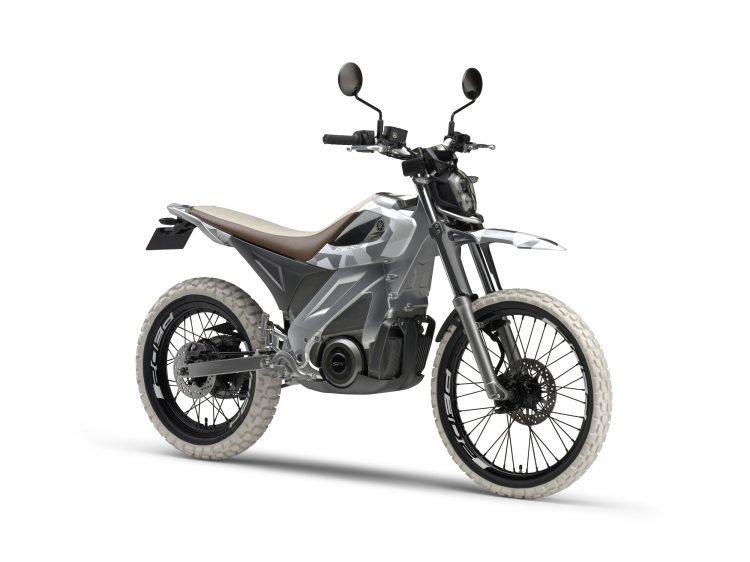 PES2 Yamaha Electric Motorcycle 3