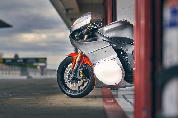 Yamaha Custom - R6 5