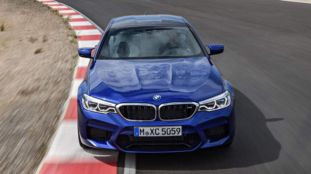 2018 BMW G30 M5 Front View
