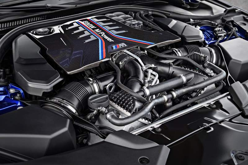 2018 BMW G30 M5 Engine
