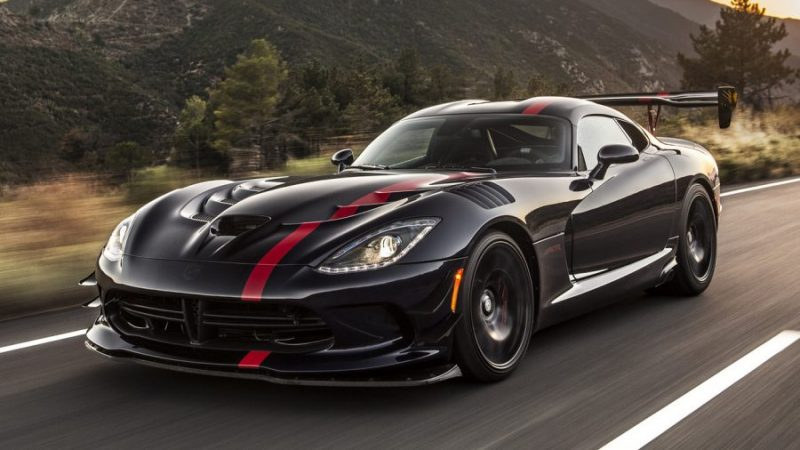 Cool Cars And Trucks That Will Always Be Stylish - Dodge Viper