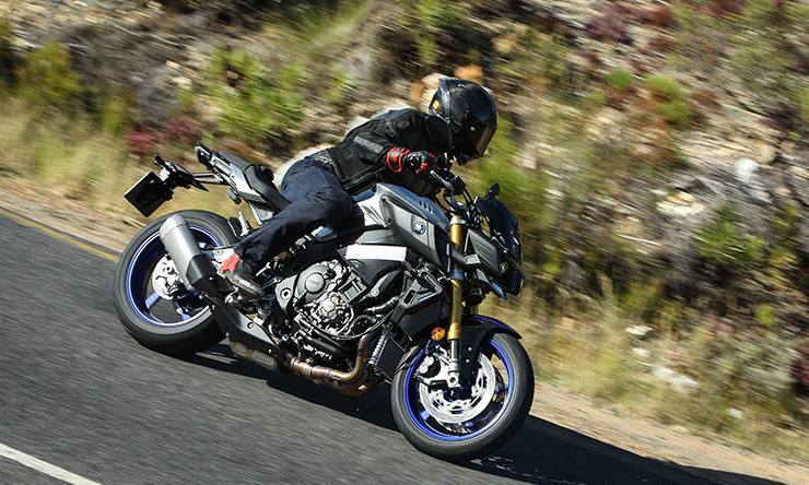 2018 Yamaha FZ-09 SP Incoming 2