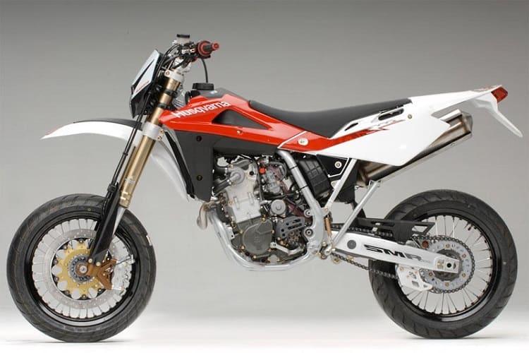 Husqvarna SM450 R - Best Supermoto Bikes 3