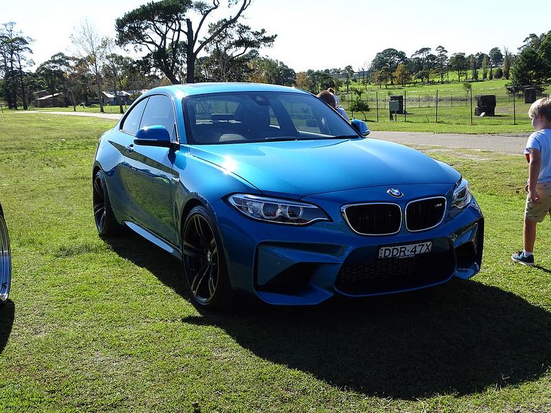 A BMW M2
