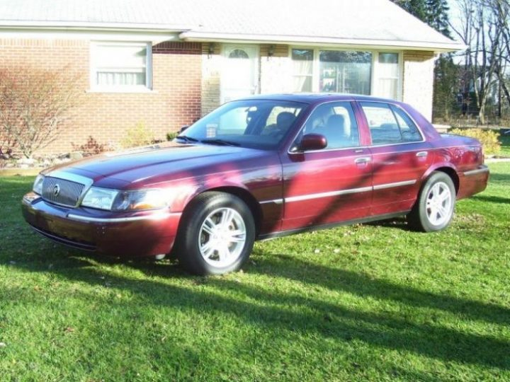 Forgotten Classic Mercury Cars - 2001-2003 and 2005 Grand Marquis LSE