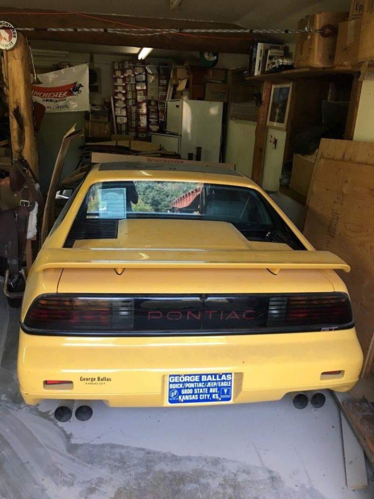 1988 Pontiac Fiero Rear