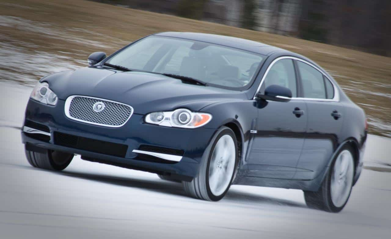 Our list of cheap luxury cars includes the 2010 Jaguar XF