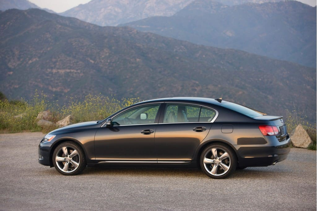 Our list of cheap luxury cars includes the 2010 Lexus GS350