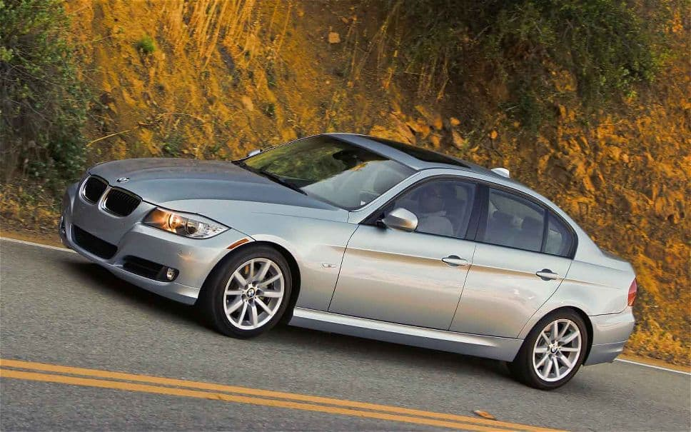 Our list of cheap luxury cars includes the 2011 BMW 328i