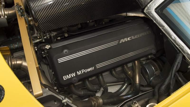 McLaren F1 for sale engine bay 2