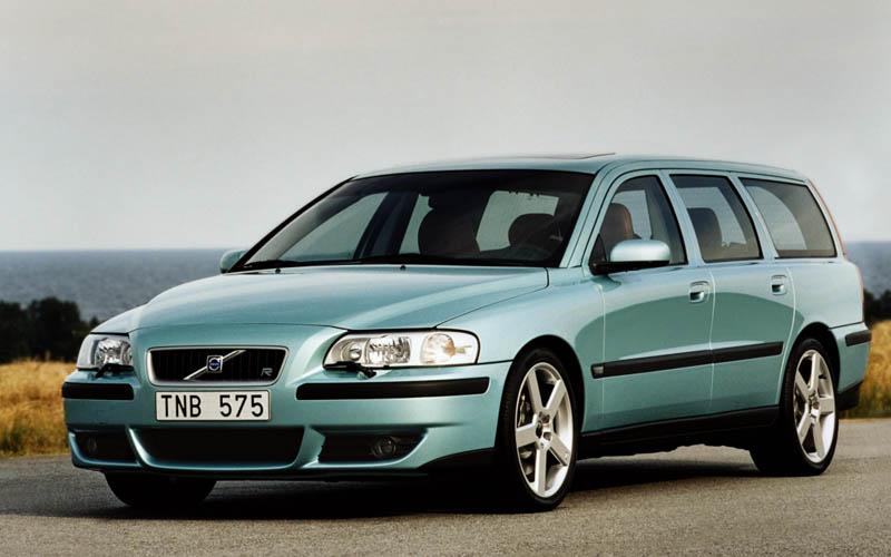 first cars Volvo V70 R