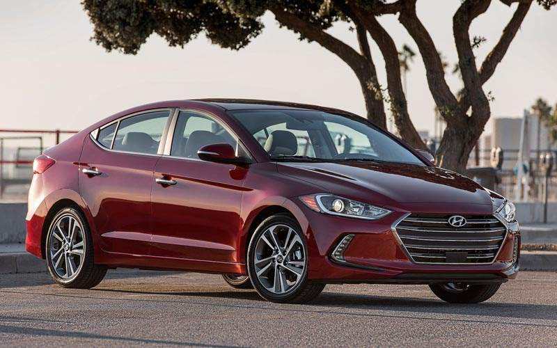 10 Best Selling Sedans of 2017 - Hyundai Elantra