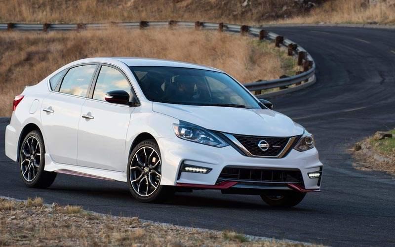 10 Best Selling Sedans of 2017 - Nissan Sentra