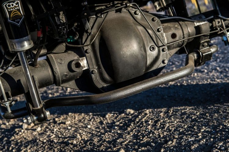 """Ford F350 """"The Operator"""" Underbody"""
