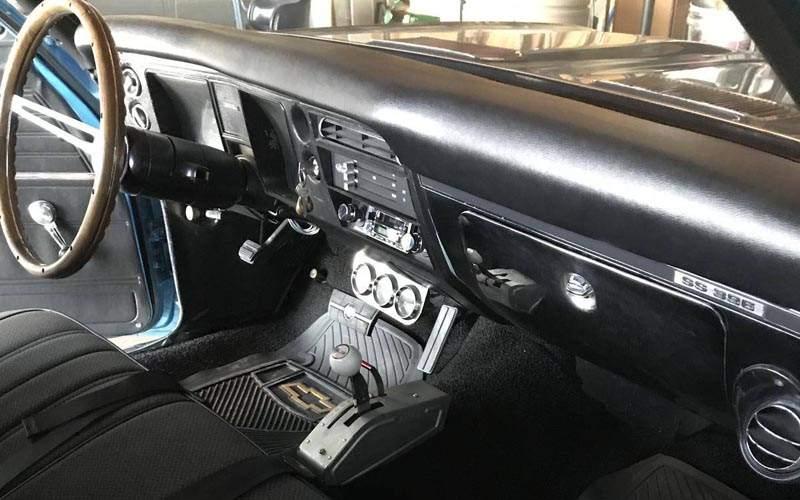 Chevrolet El Camino Interior