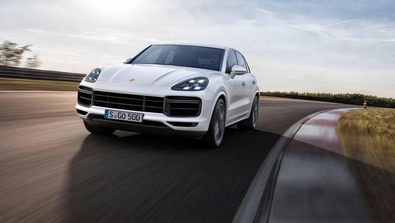 Best 2018 SUV Hybrids - Porsche Cayenne S E-Hybrid