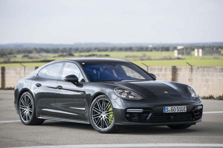 2018 Hybrid Cars - Porsche Panamera E-Hybrid