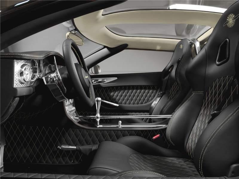 spyker c8 aileron lm85 interior