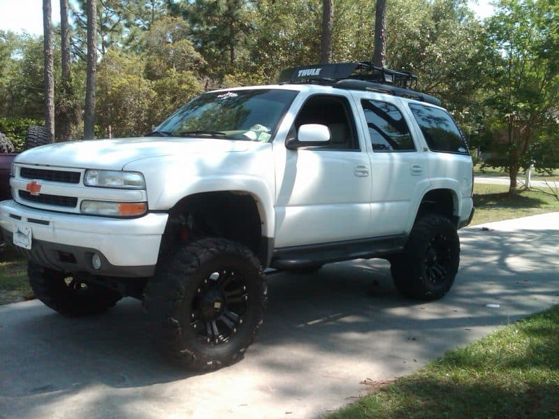 2003 lifted tahoe Z71 white