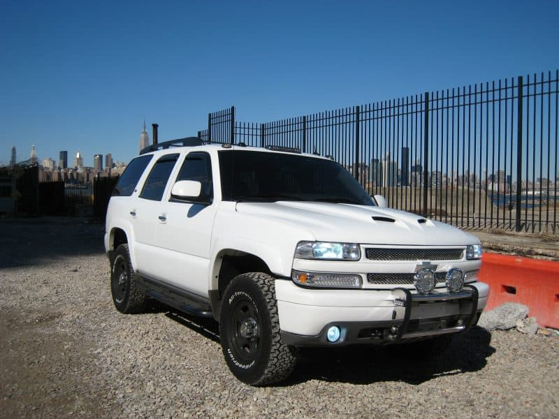2005 tahoe white police package