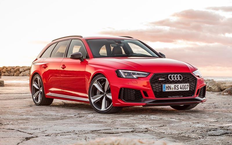 Audi Wagons 2018 Audi RS4 Avant