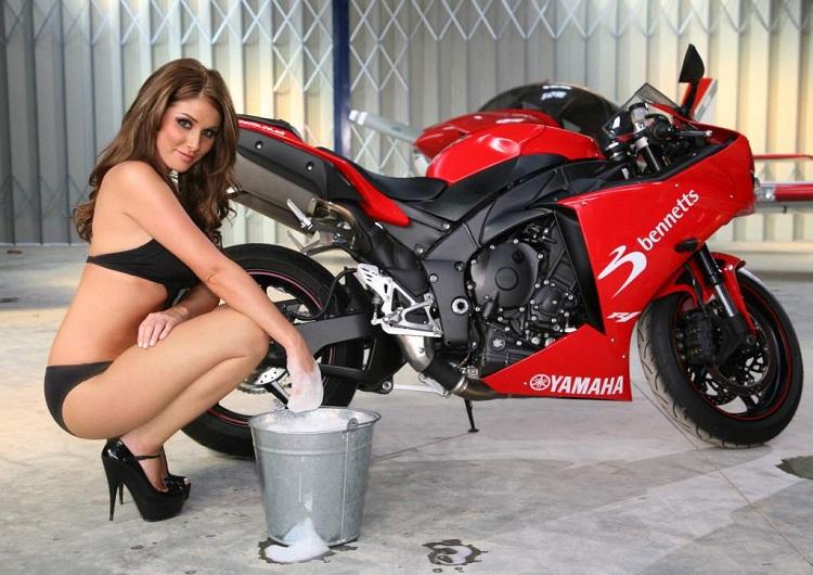 Home Motorcycle Repair - Bike Wash 3
