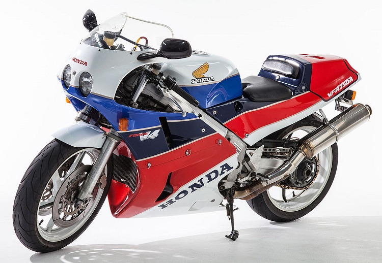 Honda Powersports - RC30