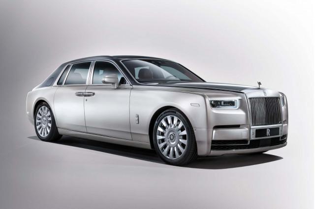 Biggest Cars In The World - Rolls-Royce Phantom Sedan