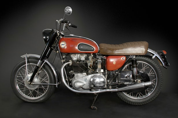 Vintage Motorcycles - Ariel Cyclone 650
