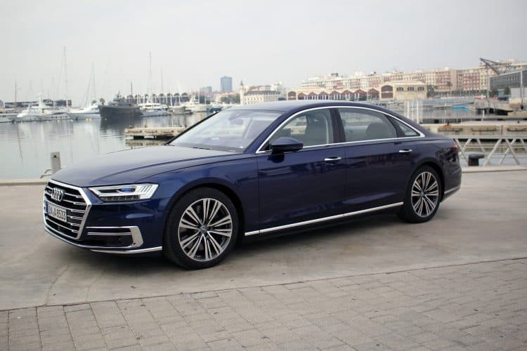 New Model Luxury Cars 2019 - 2019 Audi A8 side view