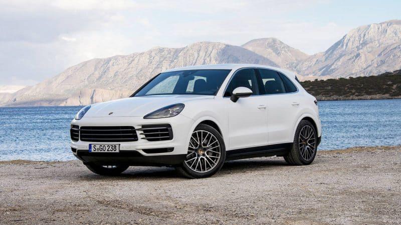 New Model Luxury Cars 2019 - 2019 Porsche Cayenne 3/4 view