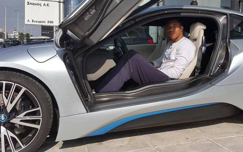 Giannis Antetokounmpo BMW i8