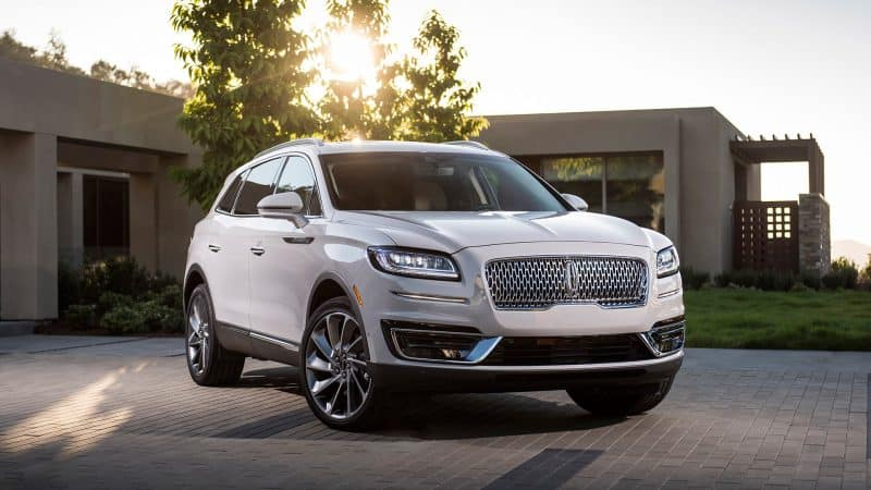 New Model Luxury Cars 2019 - 2019 Lincoln Nautilus front 3/4 view
