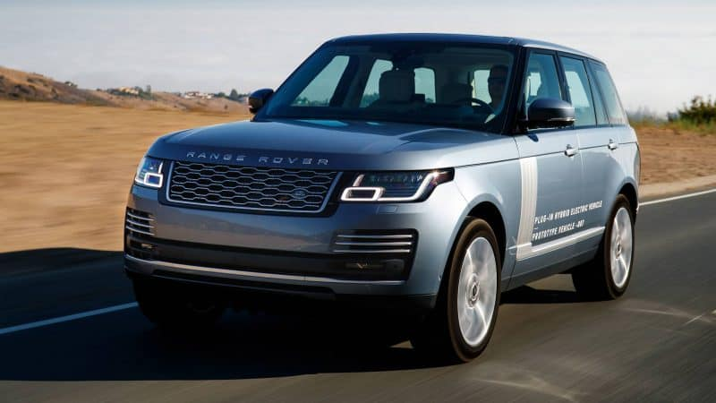 2019 Land Rover Range Rover P400e plug-in hybrid prototype front 3/4 view