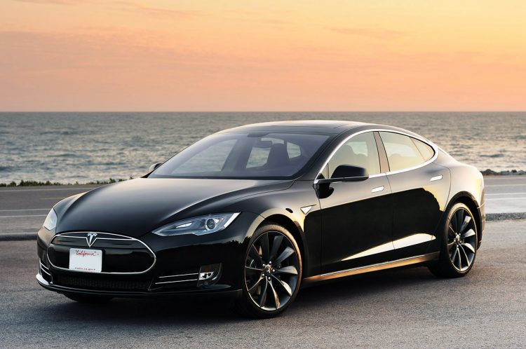 Tesla Model S Front 3/4