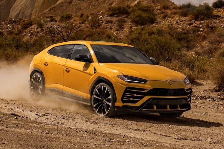 New Model Luxury Cars 2019 - Lamborghini Urus 3/4 view