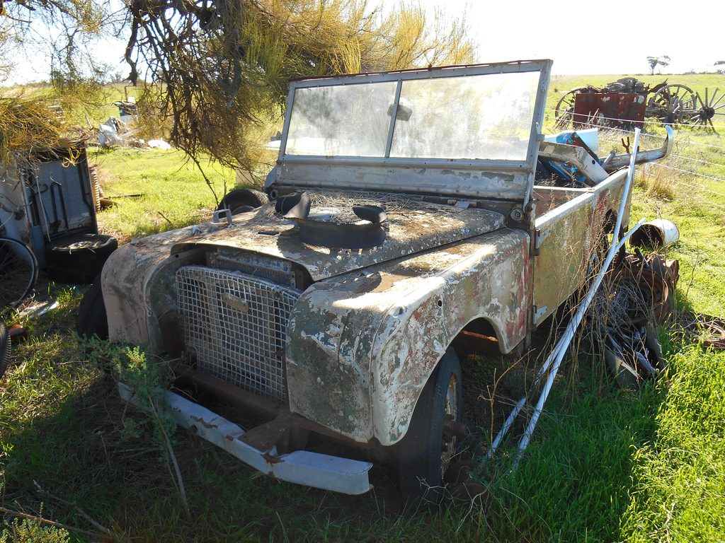 6 Land Rover Series 1 Abandoned