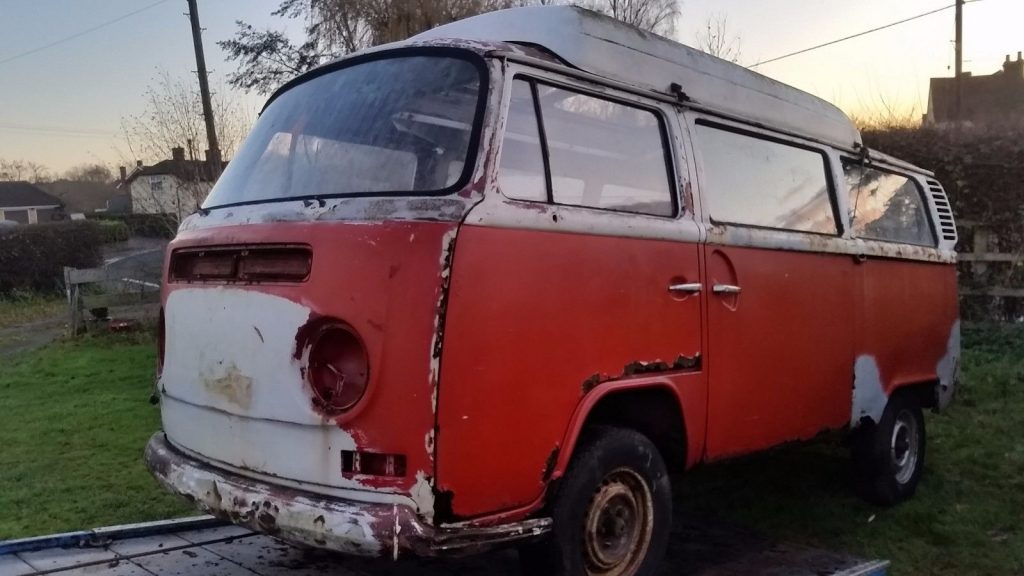 Volkswagen Type 2 Barn Find - Classic Car Restoration