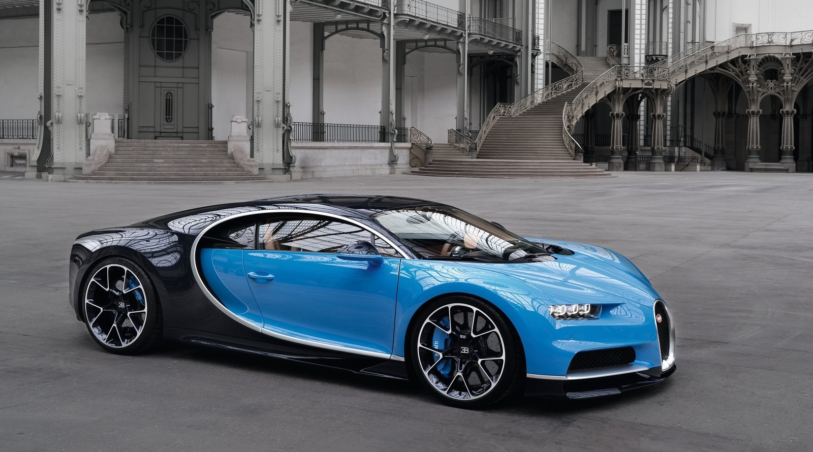 All hot cars pale in comparison to the Buggati Chiron