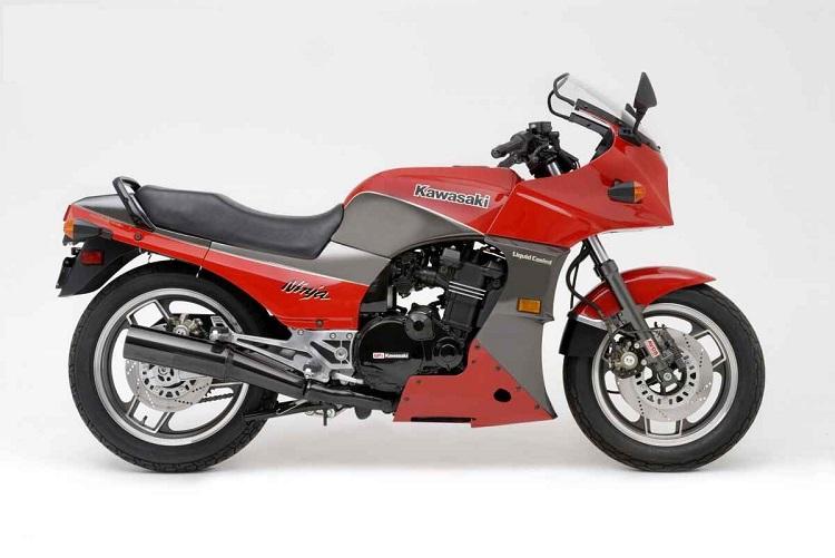 Crotch Rocket - 1984 Kawasaki GPZ900R