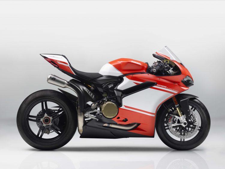 Crotch Rocket - 2017 Ducati Superleggera