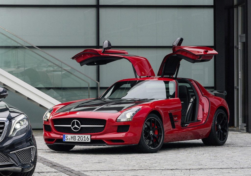 Mercedes Benz and AMG build hot cars like the SLS AMG