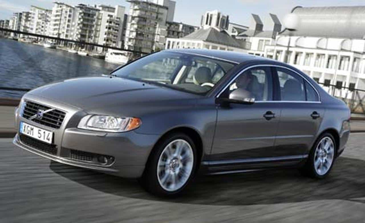 You can't have a list of cars under 5000 without the Volvo S80.